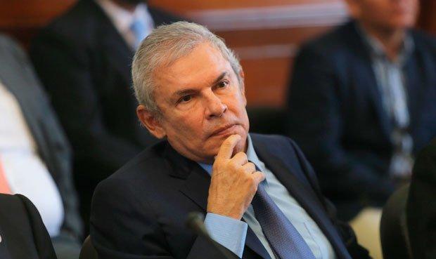 Luis Castañeda se presenta en el Congreso por caso OAS