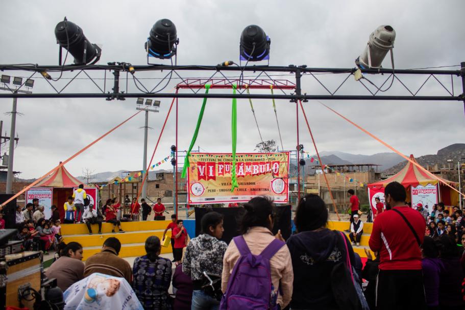 Funámbulo, el circo que sale a las calles