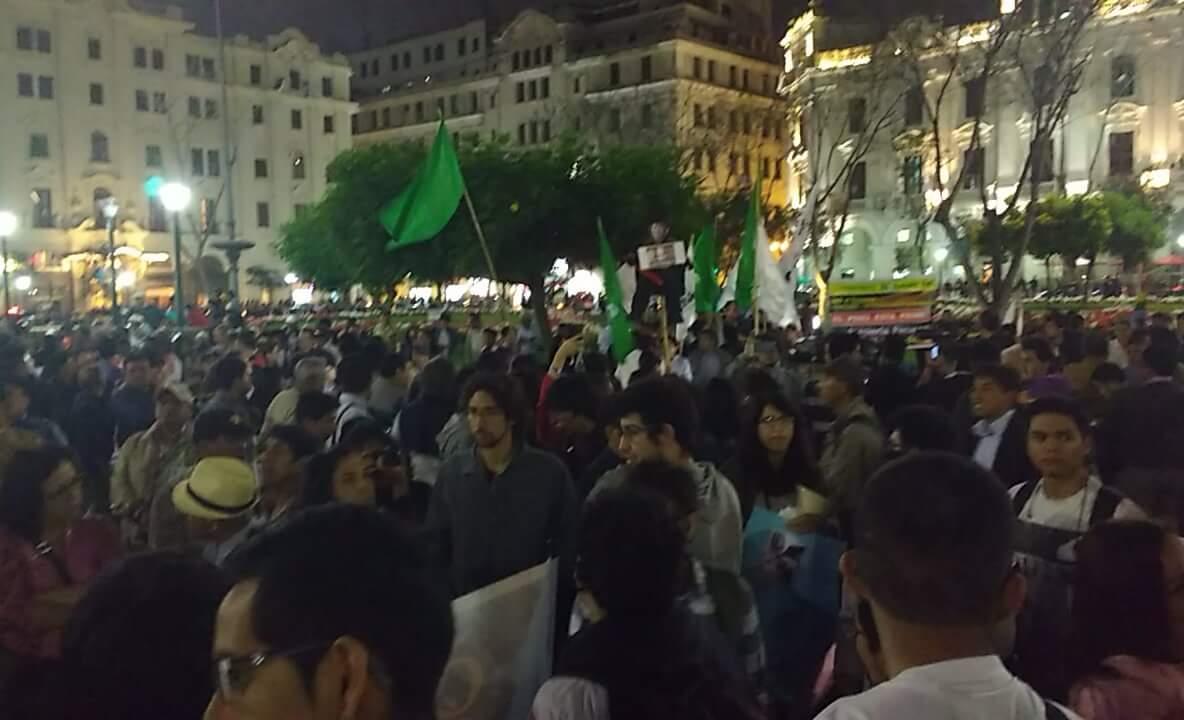 Cobertura: Marcha contra la repartija fujimorista del BCR