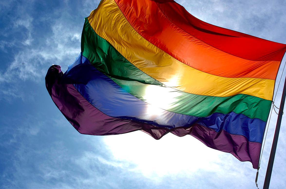 Un arcoiris contra la homofobia