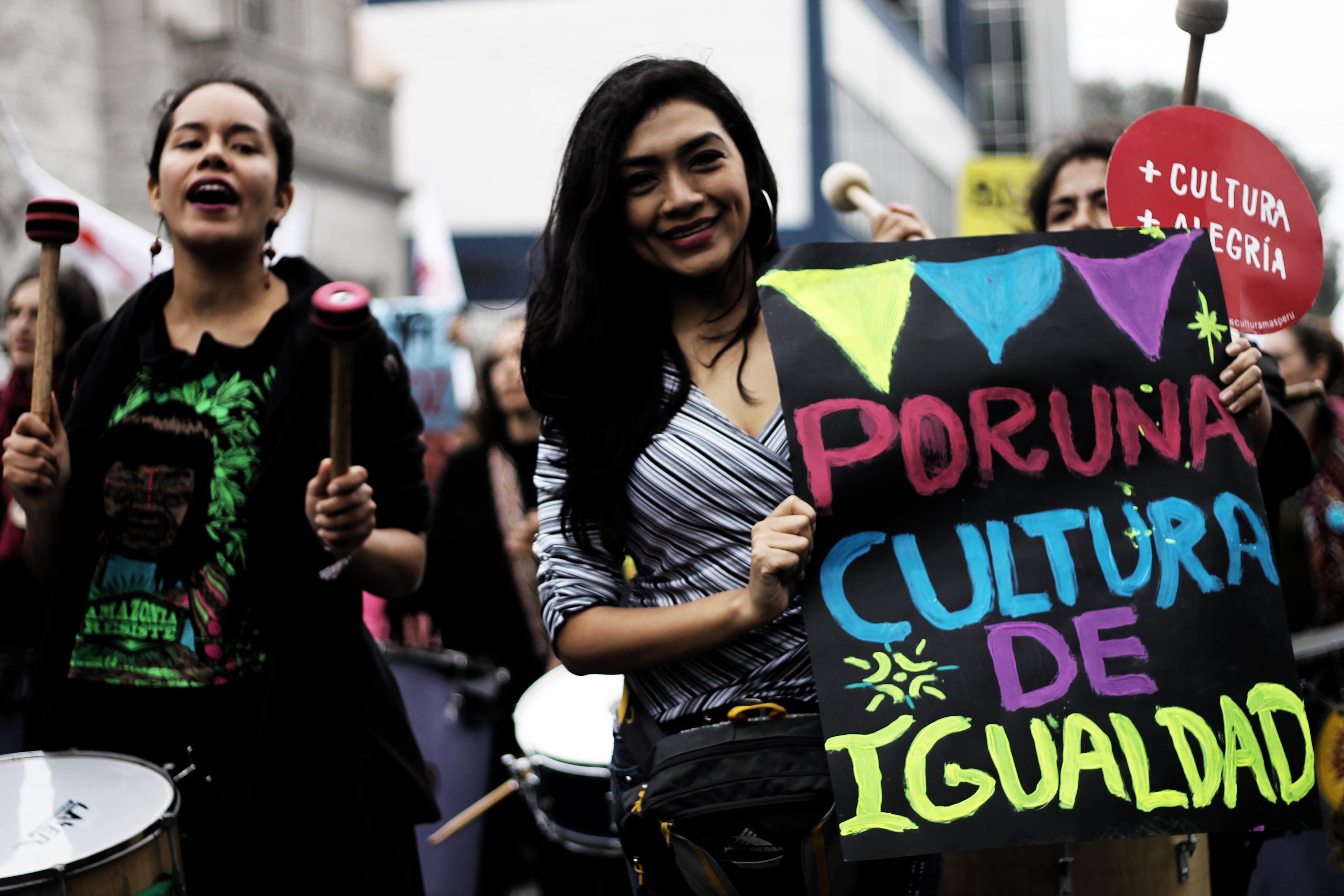 Luchar por las mujeres es fortalecer al Ministerio de la Mujer