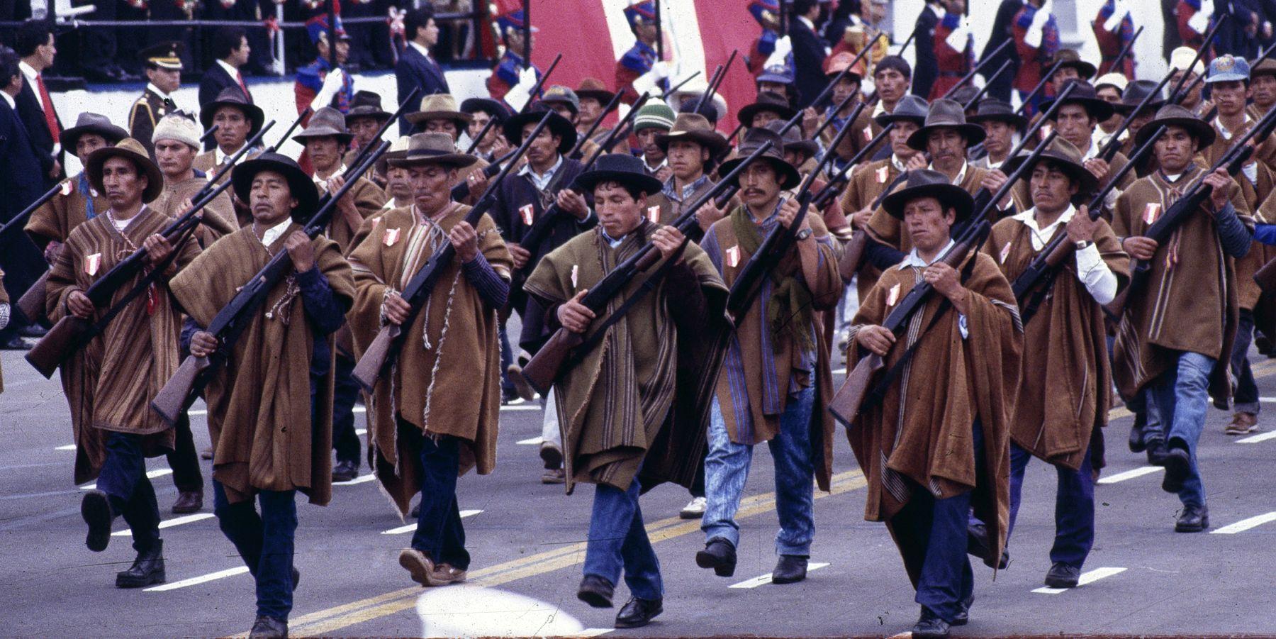 Miles de ronderos vienen a Lima en apoyo a la huelga magisterial