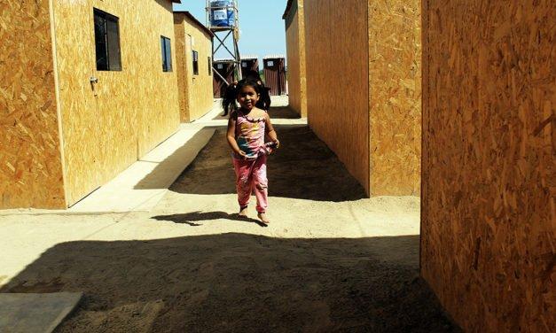 Seis meses en una carpa: La vida después del niño costero (Segunda Parte)