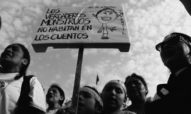 """#NiUnaNiñaMenos Marcha """"Jimena renace"""""""