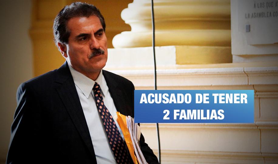 Gagó es acusado de no inscribir en Reniec a su hija para frustar demanda de divorcio
