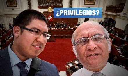 Hijo del legislador Julio Rosas da conferencias en el Congreso contra políticas públicas