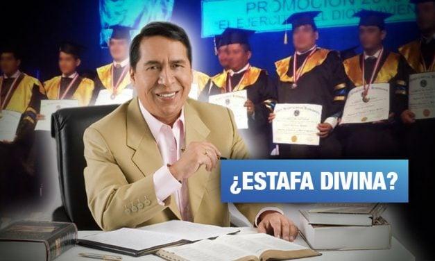 Denuncian al pastor Santana por entregar títulos universitarios sin validez
