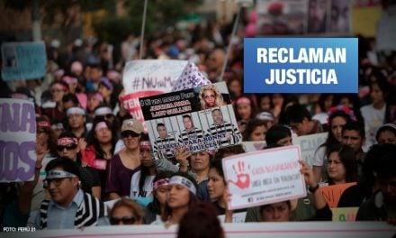 Mujeres marchan contra todas las violencias