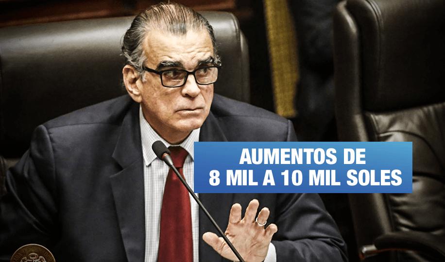 Congreso disuelto: Intentan subir sueldos de funcionarios y otorgar nombramientos