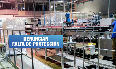Trabajadores de Socosani son obligados a elaborar gaseosas durante el estado de emergencia