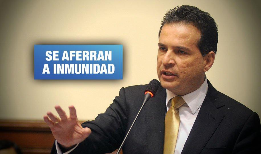 Comisión de Constitución pretende aprobar predictamen que favorece a candidatos sentenciados por corrupción
