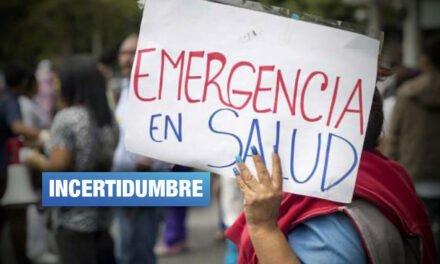 Internos de Medicina califican de engañoso decreto que los regresa a hospitales
