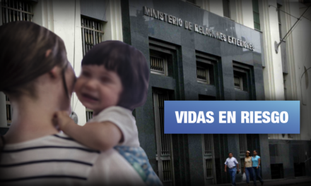Padres de niños con síndrome de West exigen apoyo al Estado para traer medicamentos del extranjero