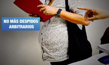 Aprueban ley que protege a trabajadoras embarazadas contratadas medio tiempo