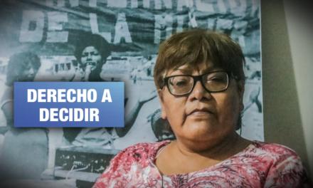 Abuelas por el aborto legal: «Obligar a una niña a ser madre, eso sí es pecado»