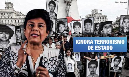 Congresista Yarrow pretende que escolares conozcan sobre terrorismo de Sendero pero no del Estado